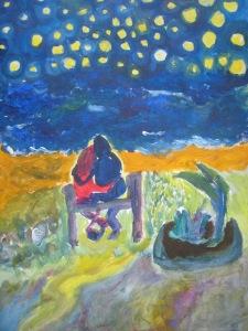 Pareja enamorada y abrazada contemplando el mar y la noche estrellada desde un banco de piedra. Embezeta